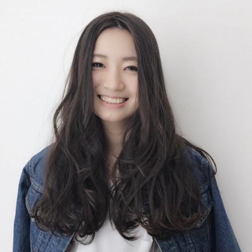 新井 佑佳さん