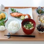 食べて痩せる「お米ダイエット」とは?【食べる順番がポイント】