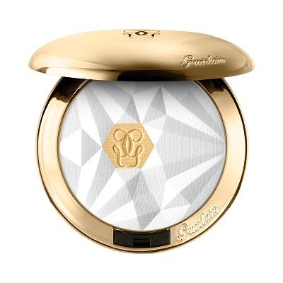 24金のゴールド粒子配合のトランスルーセントパウダーが限定発売