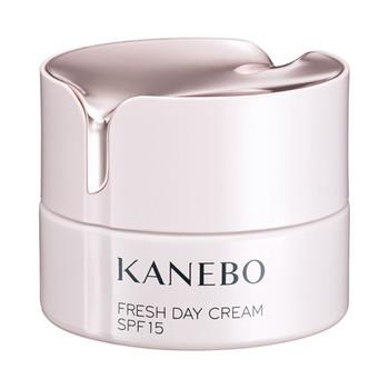 5. KANEBO FRESH DAY CREAM 煥采賦活保濕日霜 SPF15 PA+++  HK$480/40ML。 蘊含墨角藻精華,質感順滑易推,令肌膚滋潤、柔嫩彈性,帶有晨光花園清香。