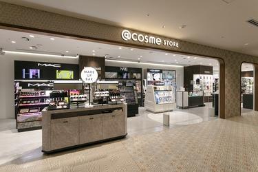 @cosme STORE ニュウマン横浜店