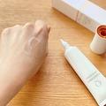 \シミ悩みの方/日本で唯一の美白有効成分が入った美容液!