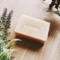 アンティアン手作りオーガニック洗顔石鹸「ラベンダーハニー」でうるうる肌に!