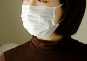 毎日マスクは肌に負担?ゆらぎ肌のためのレスキューアイテム