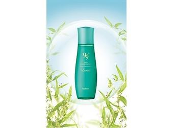 【4/5 新発売】ゆらぎやすい季節に。お肌の調子を整えるハトムギの薬用化粧水がノエビアのロングセラーシリーズから誕生。