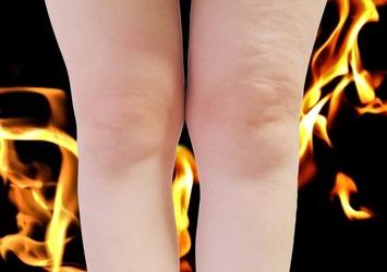 歯磨きタイムに美脚作り!1分でむくみを取って美しい脚になれる簡単脚痩せストレッチ