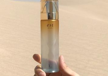 過酷な砂漠環境でも潤い続ける!エストの名品『ザ ローション』