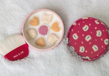 ホリデーシーズンにぴったり☆とびきりキュートなネコパウダー〈@cosme shoppingで12/1(火)発売〉